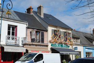 Situés rue Sadi-Carnot cette Maison de vie offrira un cadre de vie agréable! En effet le cœur de ville Rambouillet allie animation et tranquillité...